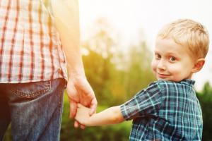 Сыновья отнимают здоровье у матерей – ученые