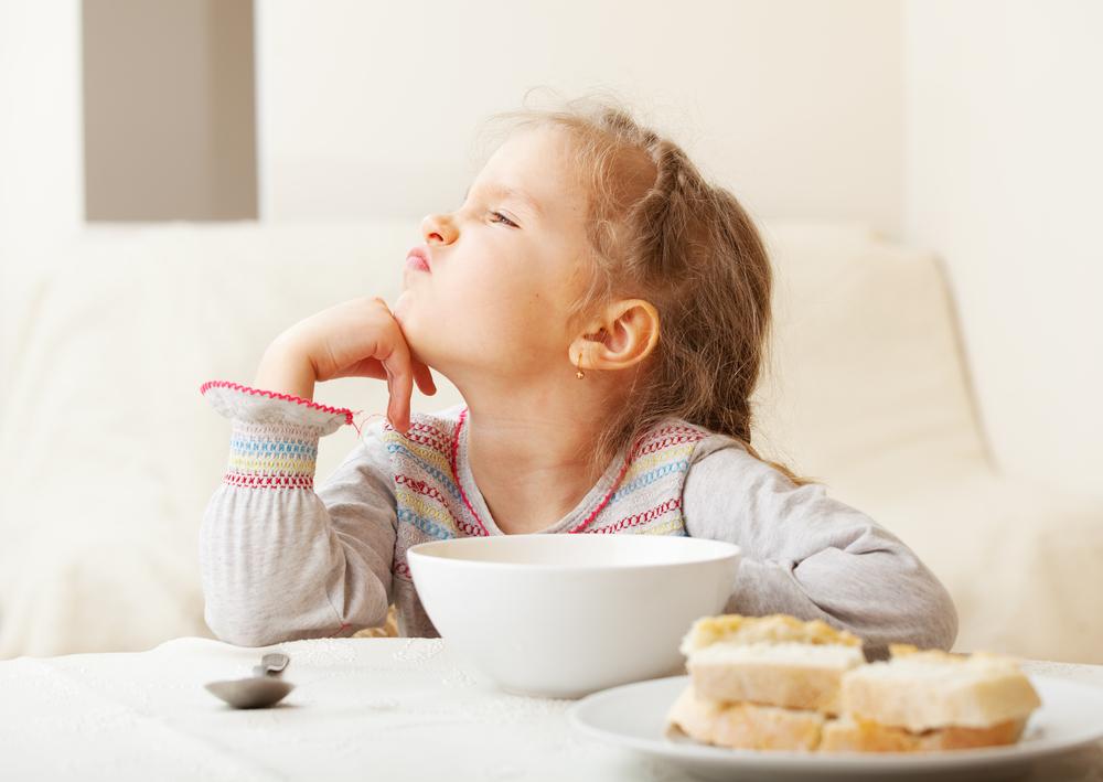 Ребенок отказывается от нового блюда