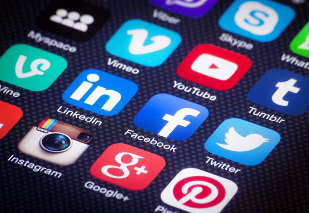 исследователи зависимость социальных сетей провоцирует детский алкоголизм