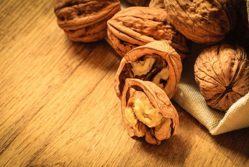 эксперты раскрыли противораковые свойства грецких орехов