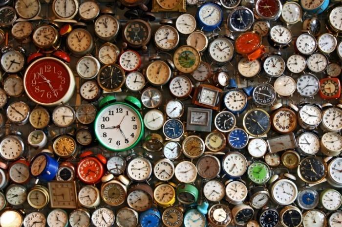 ученые объяснили возрастом время быстрее