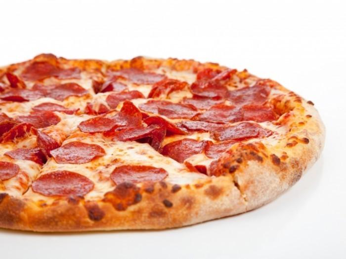 бесплатная пицца заставляет работать