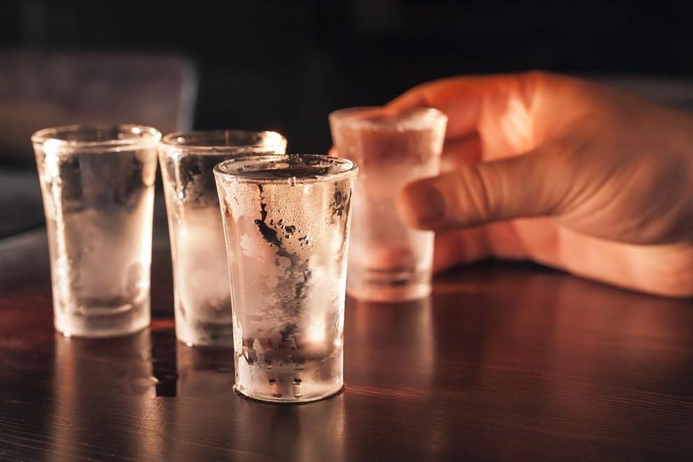 алкоголь одинаково опасен считают эксперты