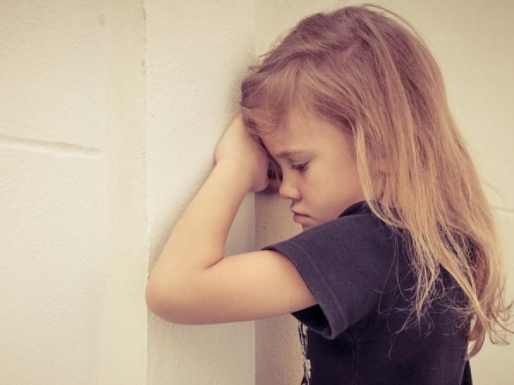 ученые раскрыли главную причину развития аутизма детей
