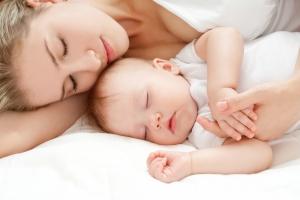В полнолуние дети и подростки спят хуже - ученые