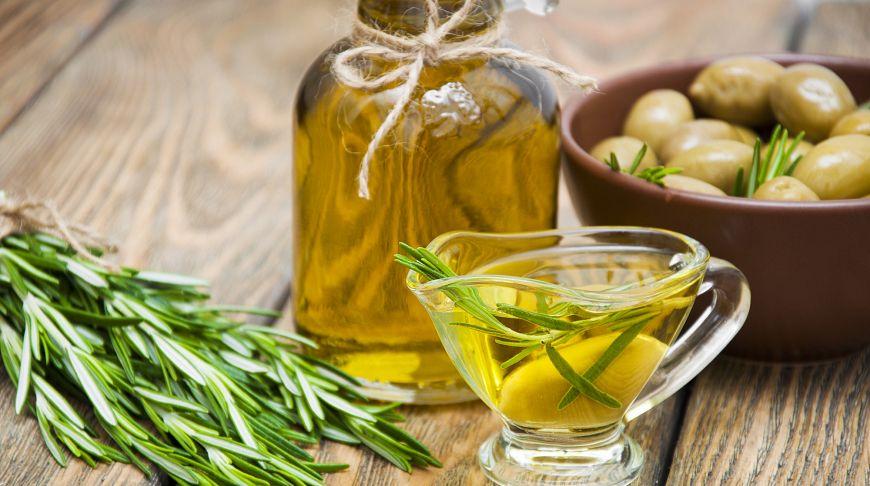 ученые рассказали ряде неизвестных полезных свойств оливкового масла