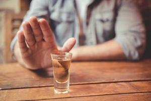 Метод Довженко - лечение алкоголизма гипнозом